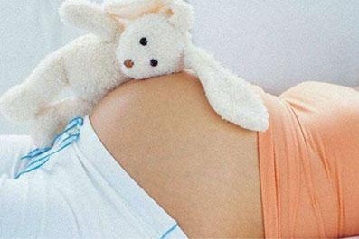 Причины-боли-в-животе-при-беременности,-которые-не-требуют-помощи-врача-и-не-являются-патологией