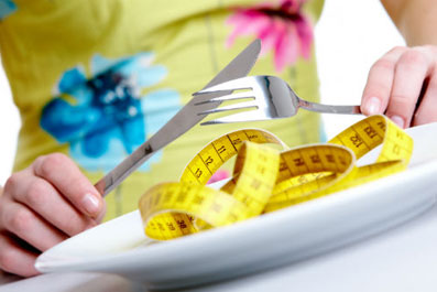 Почему-во-время-менструации-растет-вес